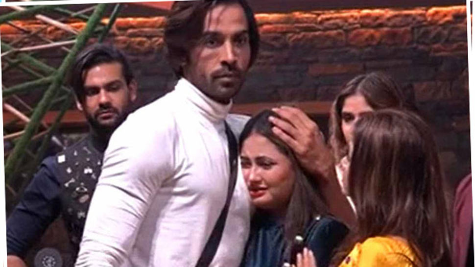 Bigg Boss 13 fame Arhaan Khan took Rs 15 lakh from Rashami Desai's account, fans allege on Twitter