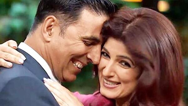 Akshay Kumar Apologizes To Twinkle Khanna For Not Mentioning Her In Tweet On PadMan