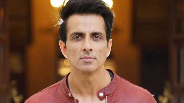 Sonu Sood Is Winning Hearts With This Reply To A Fan's Tweet