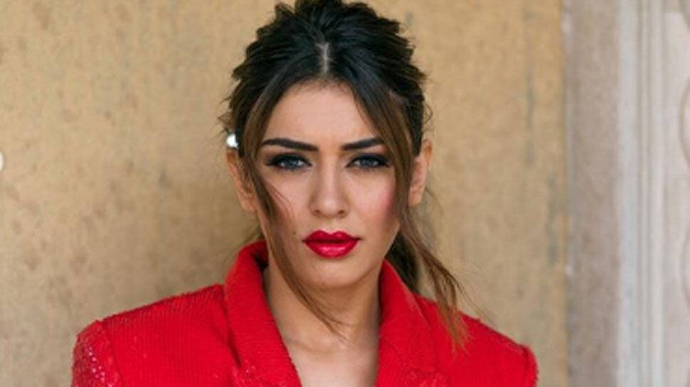 South sensation Hansika Motwani reacts to marriage rumours, tweets 'Omg who is he'?