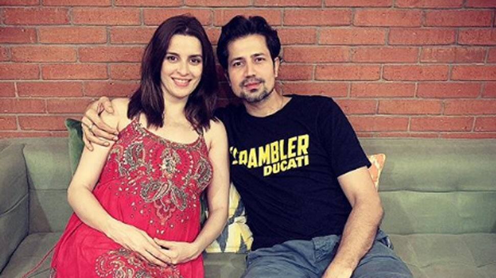 TV actress Ekta Kaul shares first glimpse of new-born baby boy Ved while daddy Sumeet Vyas sleeps by his side - See pic!