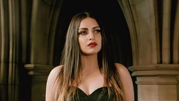 Bigg Boss 13's Himanshi Khurana Decides To Undergo COVID-19 Test After Being Unwell For Two Days