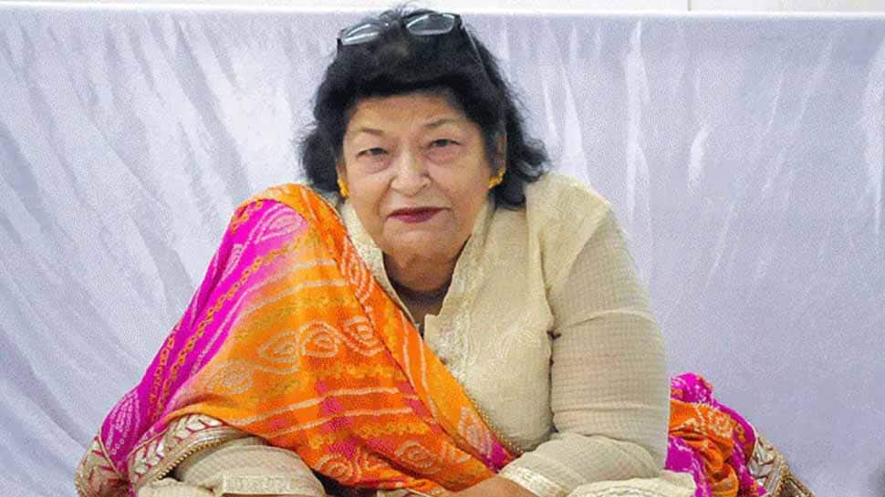 Saroj Khan, legendary Bollywood choreographer, dies of cardiac arrest in Mumbai at 71