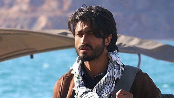 Khuda Haafiz Movie Review {2.5/5}: Vidyut Jammwal's Earnest Act Stops You From Bidding Goodbye To The Film