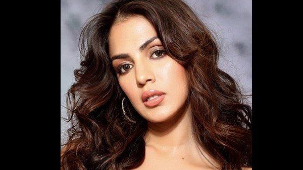 Rhea Chakraborty's Silence Shouldn't Be Mistaken For A Weakness | Rhea Chakraborty's Lawyer Asks Media To Stop Speculating