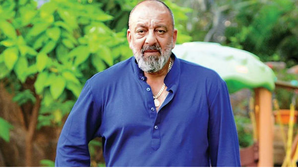 Mahesh Bhatt Is Unable To Hold Sanjay Dutt's Hands In His Toughest Time