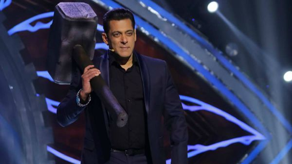 Bigg Boss 14 Premiere Episode Live Updates: All That Is Happening On Salman Khan's Show!