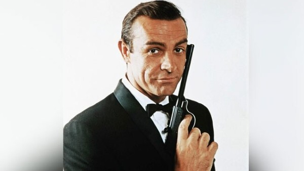 James Bond Star Sean Connery Dies At 90 | Bollywood Celebrities Mourn The Loss