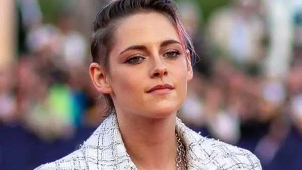 Kristen Stewart Opens Up On Her Bisexuality Being Publicised