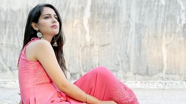 Malvi Malhotra's Stalker Meets With An Accident; Police To Arrest Him After His Discharge