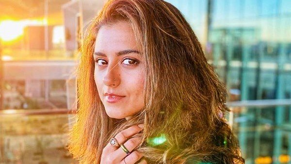 Ridhi Dogra Says She Walked Out Of An Audition As She Was Told 'You've To Keep A Pallu On Your Head'