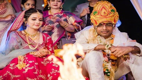 Actress Sulagna Panigrahi & Stand-Up Comedian Biswa Kalyan Rath Get Married; Wedding Pictures Out