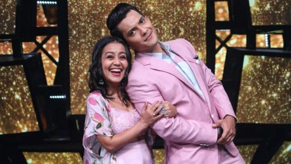 Aditya Narayan & Neha Kakkar's Cute Banter Over Their Weddings On Indian Idol 12 Is Too Funny; Watch Video