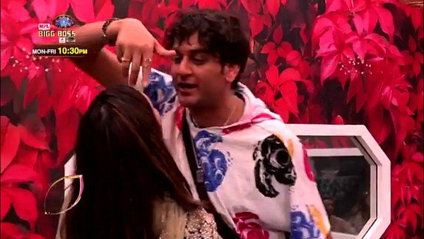Bigg Boss 14 December 14 Highlights: Vikas Gupta Gets Evicted From The House After Pushing Arshi Khan Into The Pool