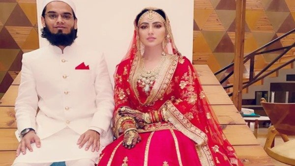 Sana Khan On Being Trolled By Netizens For Marrying Mufti Anas: I Don't Care