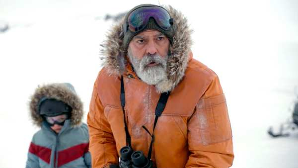 The Midnight Sky Movie Review: George Clooney's Apocalyptic Sci-Fi Film Will Make You Cry For The Right Reasons