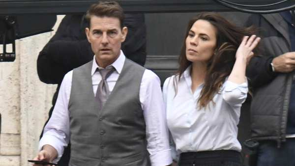Tom Cruise & MI 7 Co-Star Hayley Atwell Are Dating?