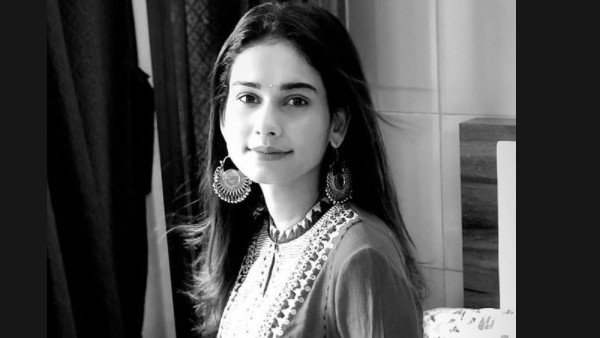 Aneri Vajani's Mother Undergoes Surgery; Actress Thanks Fans For Their Prayers