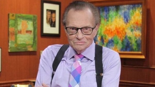 Larry King, renowned cable news interviewer dies at 87