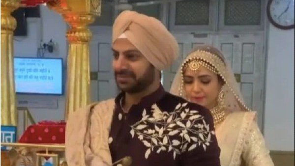 Pavitra Rishta Actor Karan Veer Mehra Ties The Knot With Actress Nidhi V Seth In Delhi