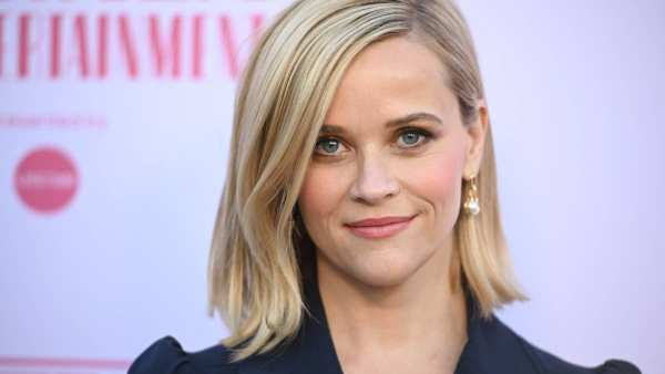 Reese Witherspoon Dedicates A Poem To Struggling Moms