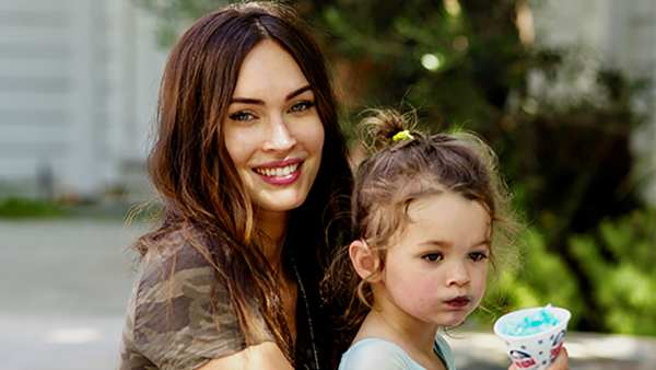 """Megan Fox Talks About The """"Pressure"""" Of Being A Working Mom"""