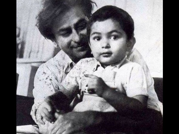 ऋषि कपूर की अनदेखी 20 तस्वीरेंRishi kapoor is no more have a look his 20 unseen rare pic form childhood to end