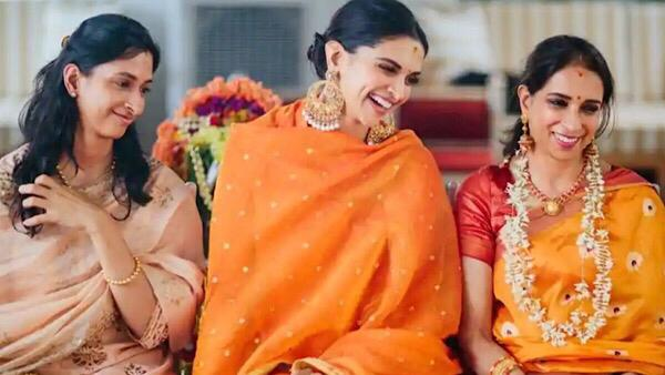 Deepika Padukone Shares Heartwarming Picture With Mother, Writes Love You Amma