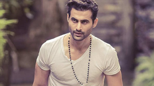 Holiday Actor Freddy Daruwala's Father Tests Positive For COVID-19; Actor's Bungalow Sealed By BMC