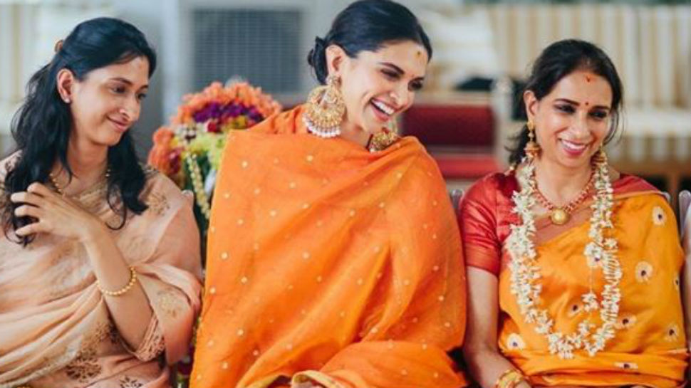 How lovely is this pic of Deepika Padukone with mother Ujjala, sister Anisha from her pre-wedding puja?