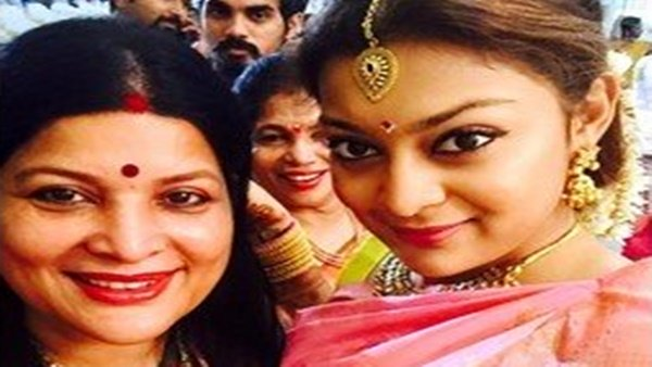 Jayamala's Daughter Soundarya Stuck In London Due To COVID-19, Says She Feels Unsafe In The UK