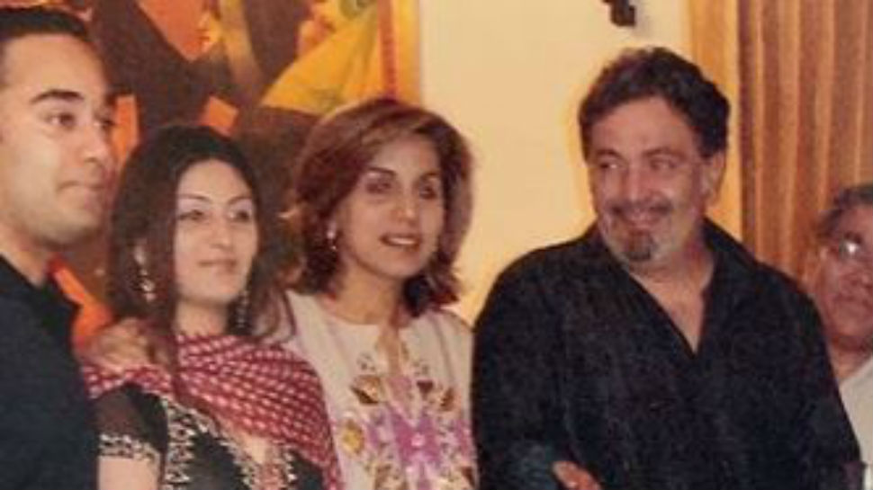 Riddhima Kapoor Sahni's husband Bharat completes this pic of her with parents Rishi Kapoor and Neetu Kapoor