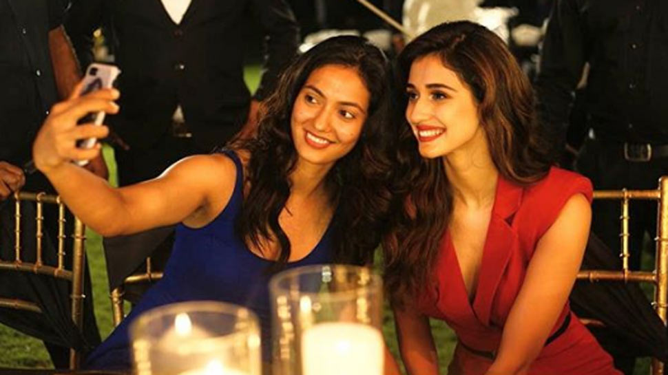 This rare throwback pic of Disha Patani with her sister Khushboo when they looked identical!
